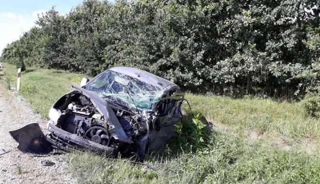 Foto: Ce spune MAE despre românii implicaţi în accidentul din Ungaria