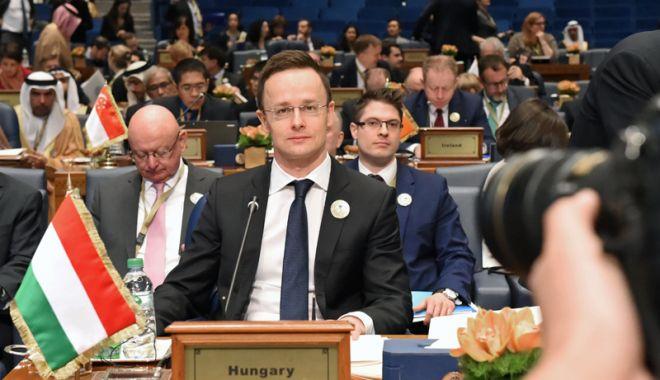 Foto: Ungaria se consideră şantajată de Comisia Europeană