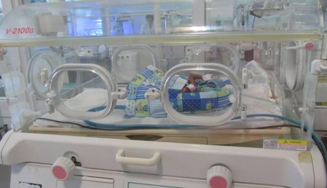 Foto: Gestul care poate salva vieţile pruncilor din maternitatea Constanţa