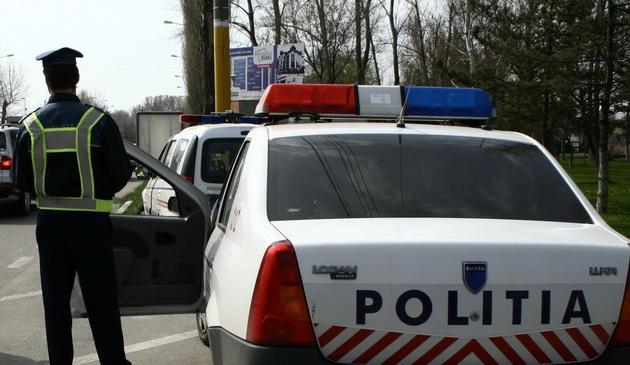 Foto: Transportul de mărfuri periculoase, luat la puricat de poliţişti