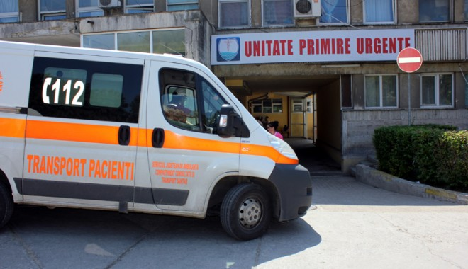 Foto: Pacient cu accident vascular, ţinut  patru ore în Unitatea de Primire Urgenţe