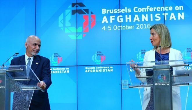 Foto: Uniunea Europeană se oferă drept garant al păcii în Afganistan