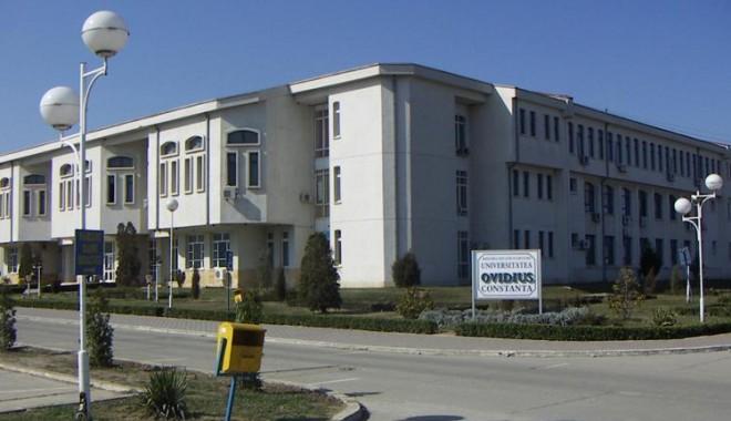 Foto: Conferinţă pe tema istoriei tătarilor