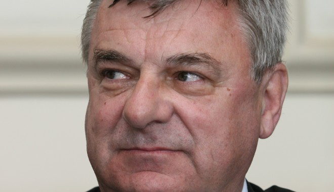 Foto: Dr. Sorin Rugină, susţinut puternic pentru funcţia de rector