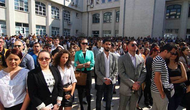 Foto: Emoții pentru studenții de la Ovidius, încă din prima zi a lunii octombrie