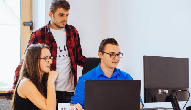 """Foto: Platformă de recrutare pentru studenţi şi companii, la Universitatea """"Ovidiu"""""""