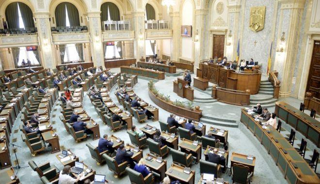 """Foto: """"Un moment deosebit de grav pentru democraţia românească"""""""