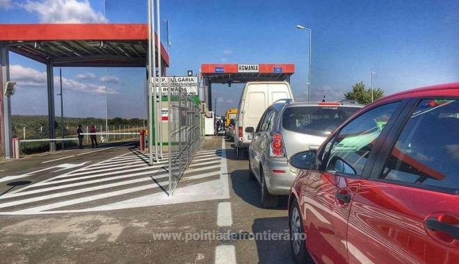 Foto: Un nou punct deschis traficului internaţional la frontiera cu Bulgaria
