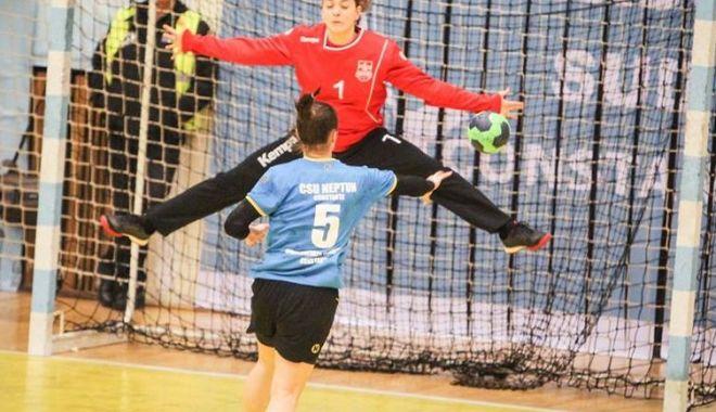 Foto: Victorie pentru CSU Neptun, în liga secundă de handbal