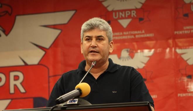 Foto: Oprea: UNPR susţine în continuare Guvernul Ponta