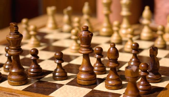 Un român,  pe primul loc  după şase runde, la Europenele de şah - unroman-1505229793.jpg