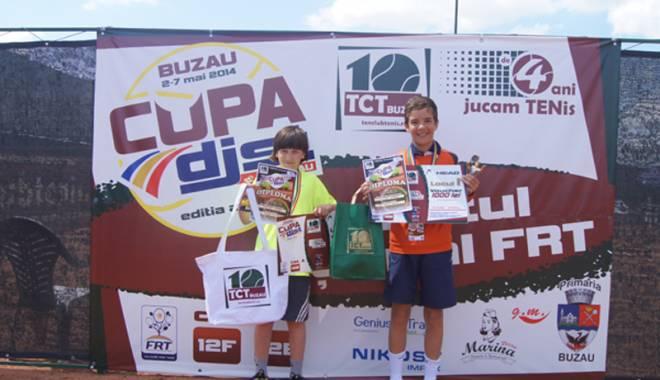 Foto: Un sportiv de la CS Știința, finalist la turneul de tenis Reduta Cup