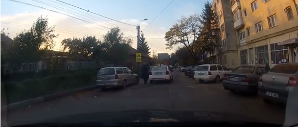 """Foto: VIDEO / Ameninţarea unui taximetrist: """"Îţi bag cuţitul în gât!"""""""