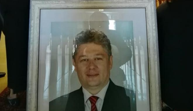 Foto: Fostul primar Ovidiu Brăiloiu, înmormântat la Eforie Sud