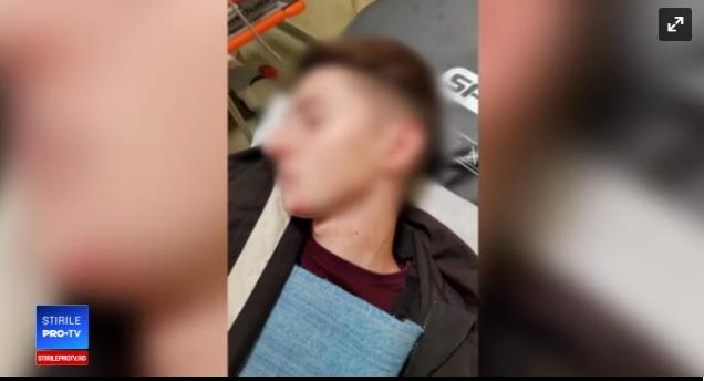 Foto: CAZ ŞOCANT! Adolescent bătut cu bestialitate de colegii unei fete, după ce i-ar fi refuzat avansurile