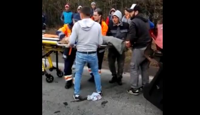 Foto: TRAGEDIE RUTIERĂ ÎN LAZU. Ce spune Poliţia Rutieră despre teribilul accident