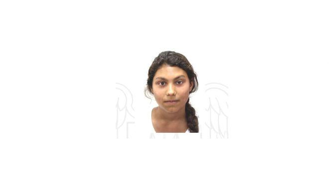 Foto: Minoră de 14 ani, din Constanţa, dispărută de acasă. Aţi văzut-o?