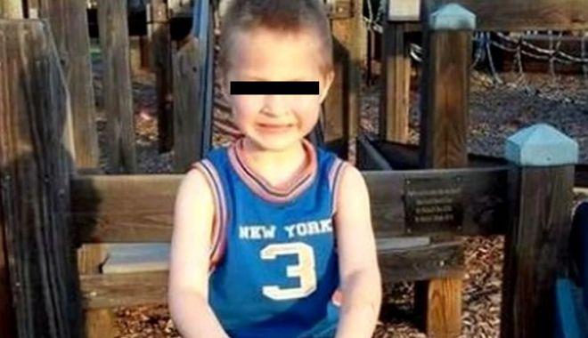 Foto: CAZ IREAL! Copil îngropat de viu, pentru că nu a știut un verset din Biblie