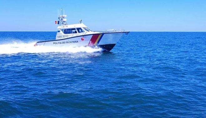 Foto: Garda de Coastă Constanța: Continuă căutările ambarcațiunii dispărute, cu trei oameni la bord