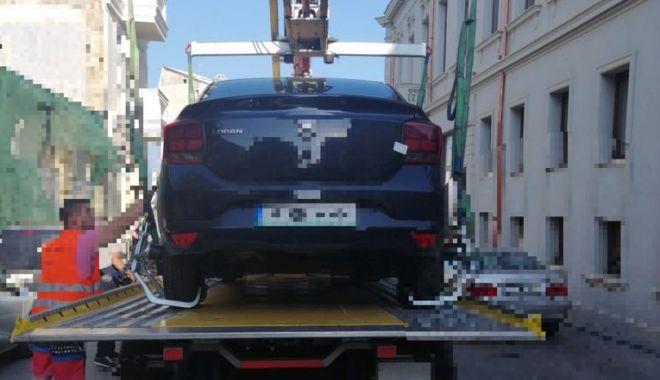 Foto: Atenţie unde parcaţi! Maşinile constănţenilor, ridicate de poliţiştii locali