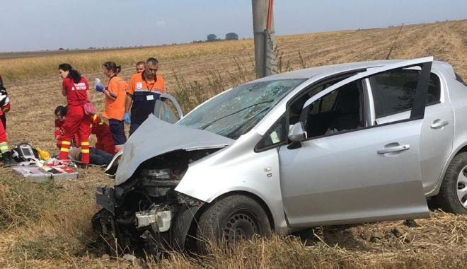 TRAGEDIE LA CONSTANȚA! Un șofer a murit, după ce a intrat cu mașina în stâlp - GALERIE FOTO - untitled-1568280798.jpg