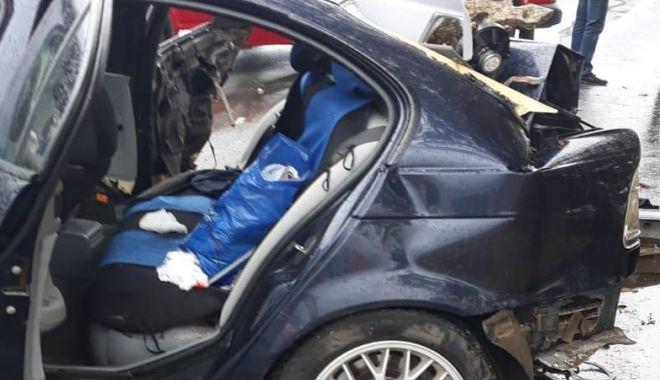 TRAGEDIE RUTIERĂ LA CONSTANȚA! Și-a pierdut viața după ce mașina în care se afla s-a izbit de un copac - untitled-1569315273.jpg