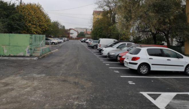 Foto: Parcare cu aproape 70 de locuri, la Constanța