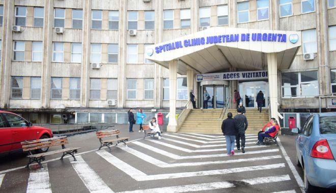 Foto: Tot mai mulţi constănţeni  ajung la spital