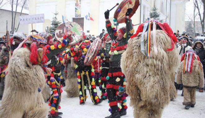 Foto: Nicăieri nu-i ca acasă! Câţi români şi-au petrecut Crăciunul în ţară