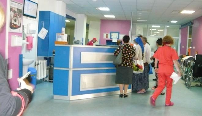 Foto: Medicii din spitalul Judeţean Constanţa, pregătiţi de sărbători