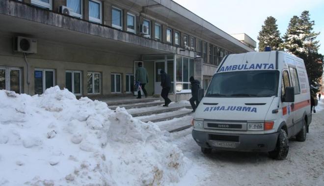 Foto: Zeci de constănţeni au ajuns la Urgenţe, în ultimele ore