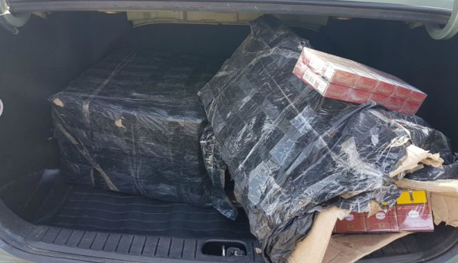 Urmăriri pe străzile Constanței. Contrabandiști, prinși cu mii de pachete de țigări - urmariri1-1524671261.jpg