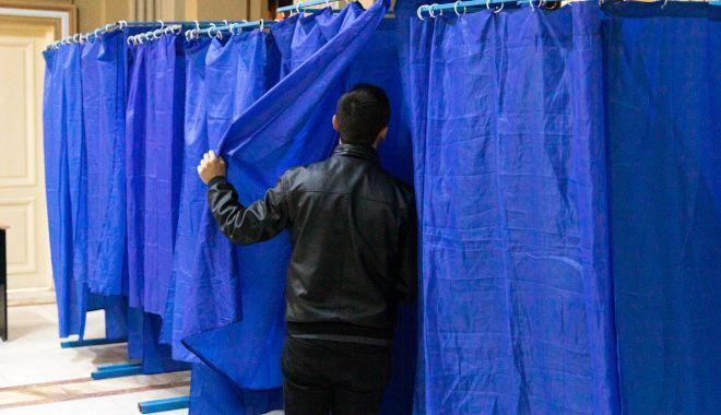 Alegeri prezidențiale 2019. REZULTATE oficiale, după prelucrarea a 99,9% din buletinele de vot - urnealegerivotarevoteuroparlamen-1573459599.jpg