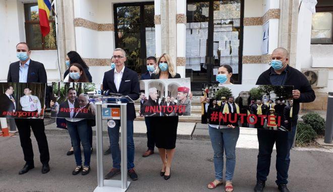 """Foto: Stelian Ion, atac la politicienii din Constanța: """"Toți sunt niște lichele! Noi vom face orice ca acest oraș să renască!"""""""