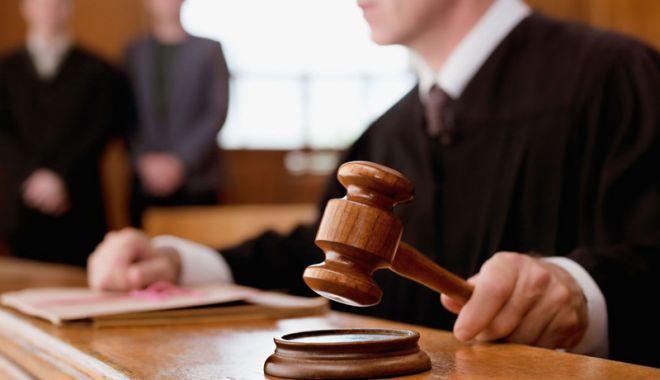 Foto: USR și PNL vor contesta la CCR legea care oferă superimunitate judecătorilor instituției