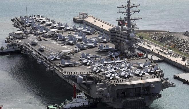 Foto: Avion militar american,  prăbuşit în Marea Filipinelor