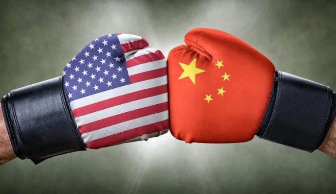 Șeful diplomației UE avertizează că se schimbă centrul puterii globale, de la SUA la Asia - usvschinatradewarwhodoesithurt75-1590514631.jpg
