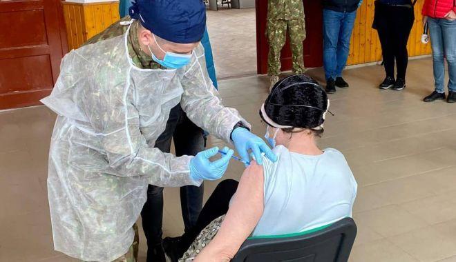 Peste 32.000 de doze de vaccin Anti Covid-19 administrate în ultimele 24 de ore - vaccinarevaccinmarpodechipamobil-1623912674.jpg