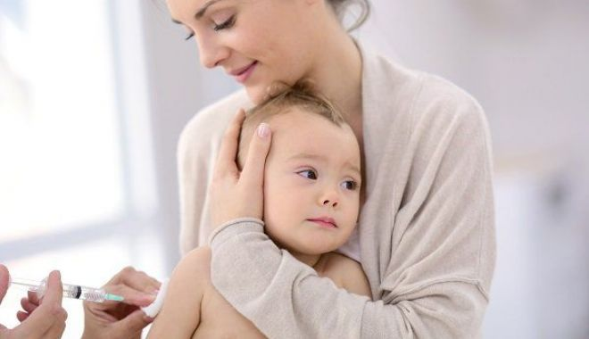 Foto: Elevii nevaccinați nu mai au acces la ore! Cine adoptă aceste măsuri radicale