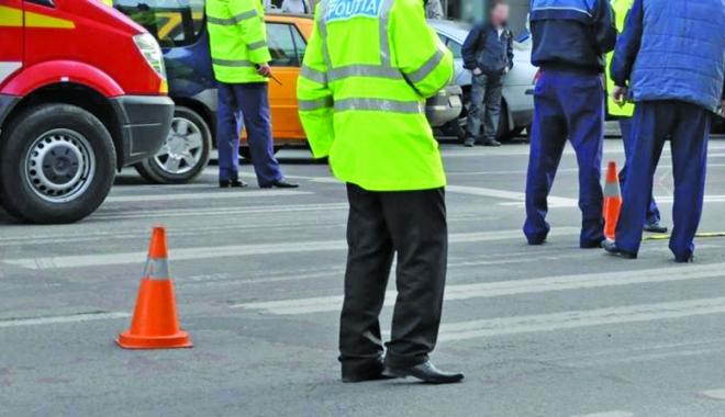 Foto: Val de accidente rutiere �i pietoni lovi�i,  �n Constan�a