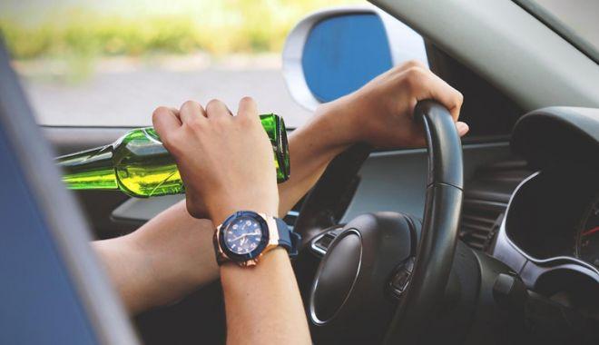 Foto: Şoferi beţi la volan, pe străzile Constanţei, de sărbători