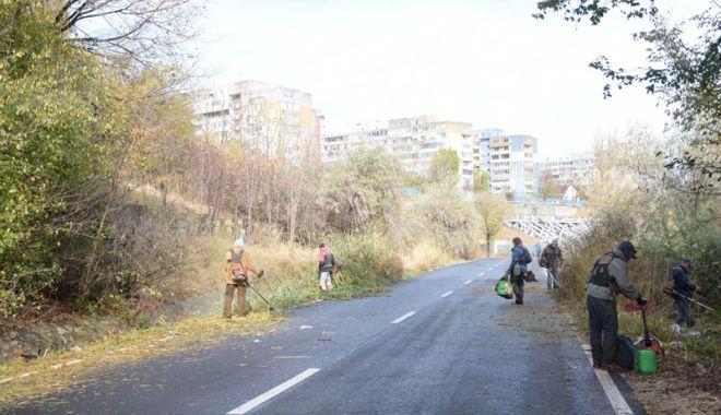 Foto: Valea Portului, plină de gunoaie. Primăria face apel la constănţeni