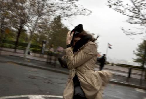 Foto: Cod galben de vânt la Constanţa