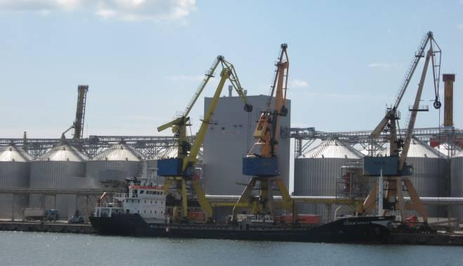 Foto: Varianta finală a Master Planului portului Constanţa va fi supusă dezbaterii publice