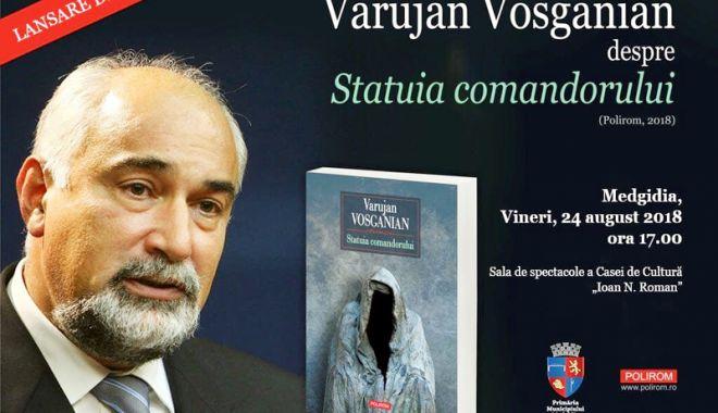 Foto: Varujan Vosganian lansează, la Medgidia,