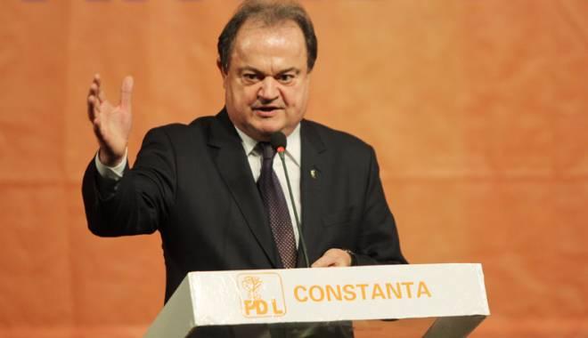 Foto: Copreşedintele Vasile Blaga bagă frica în liderii de la PNL