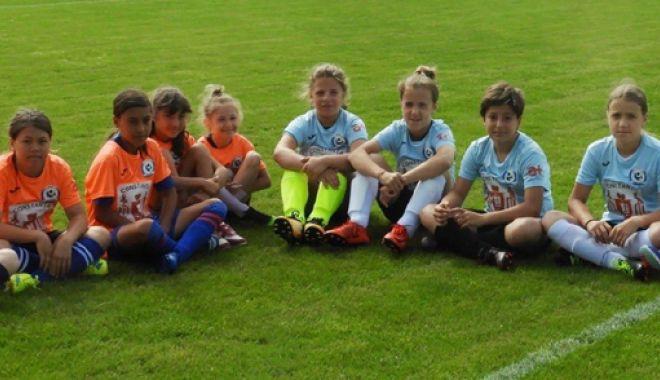Veniți să jucați fotbal feminin! Cupa Selena, ediția întâi - venitiprint-1528635376.jpg