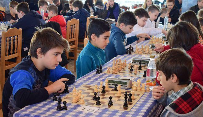 Foto: Verificare înaintea Naţionalelor! Campionii Cupei Primăverii la şah