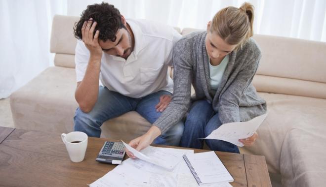Foto: Veste bună pentru cei cu datorii la bănci