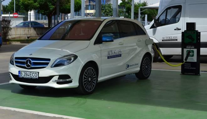 Foto: Veşti bune! Constănţenii îşi pot încărca maşinile electrice în municipiu şi în alte cinci oraşe
